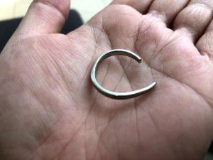 切断した指輪